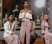 伦敦时装周:美术馆里的时装秀