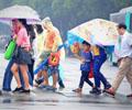 深圳受海葵影响降温降雨        据深圳市气象台,预计14—17日多云为主;18日夜间—19日受冷空气影响,气温明显下降。