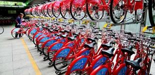 深圳共享单车将住上复式楼        深圳拟通过在公共区域规划建立单车立体停车设施来规范停放,首批有望年内在南山试点。