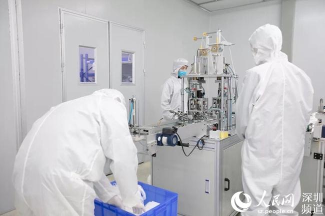 富士康在深圳引入口罩生产线预计日产口罩200万个