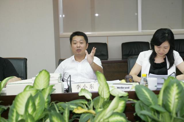 广东省检察院院政治部主任李小东一行到深圳检